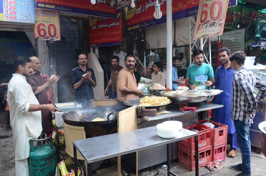 Emerging trends of street food in Pakistan