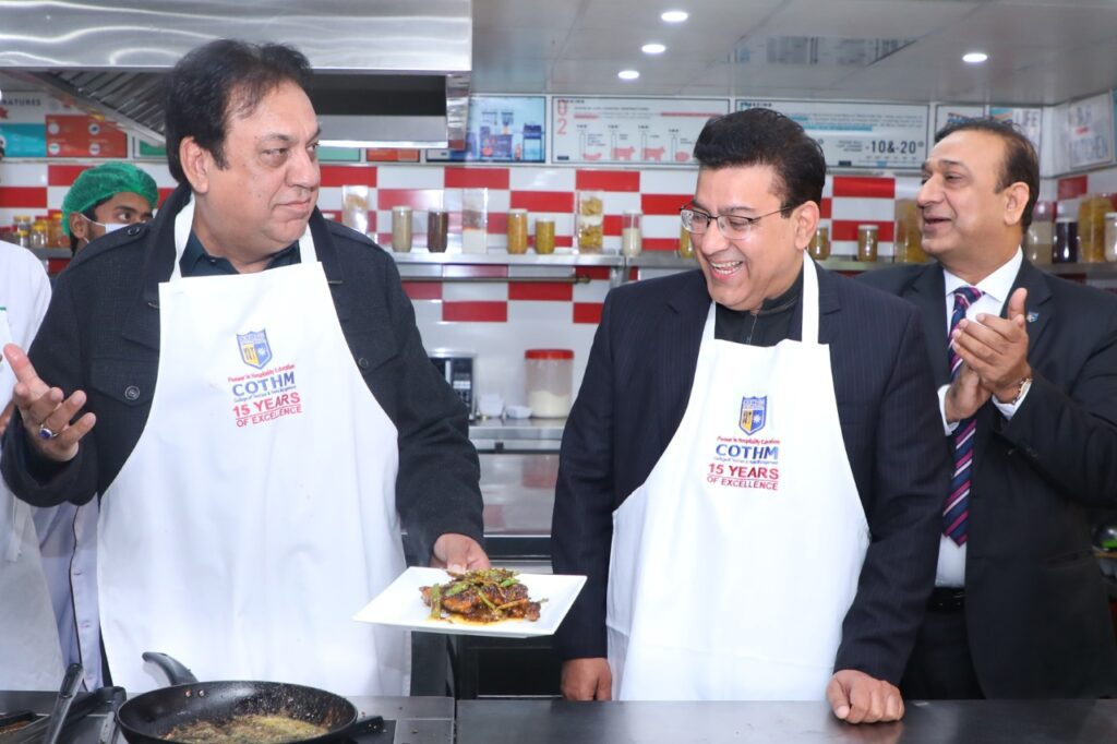 The 'Hasb e Haal' duo visits COTHM, appreciates state of the art facility
